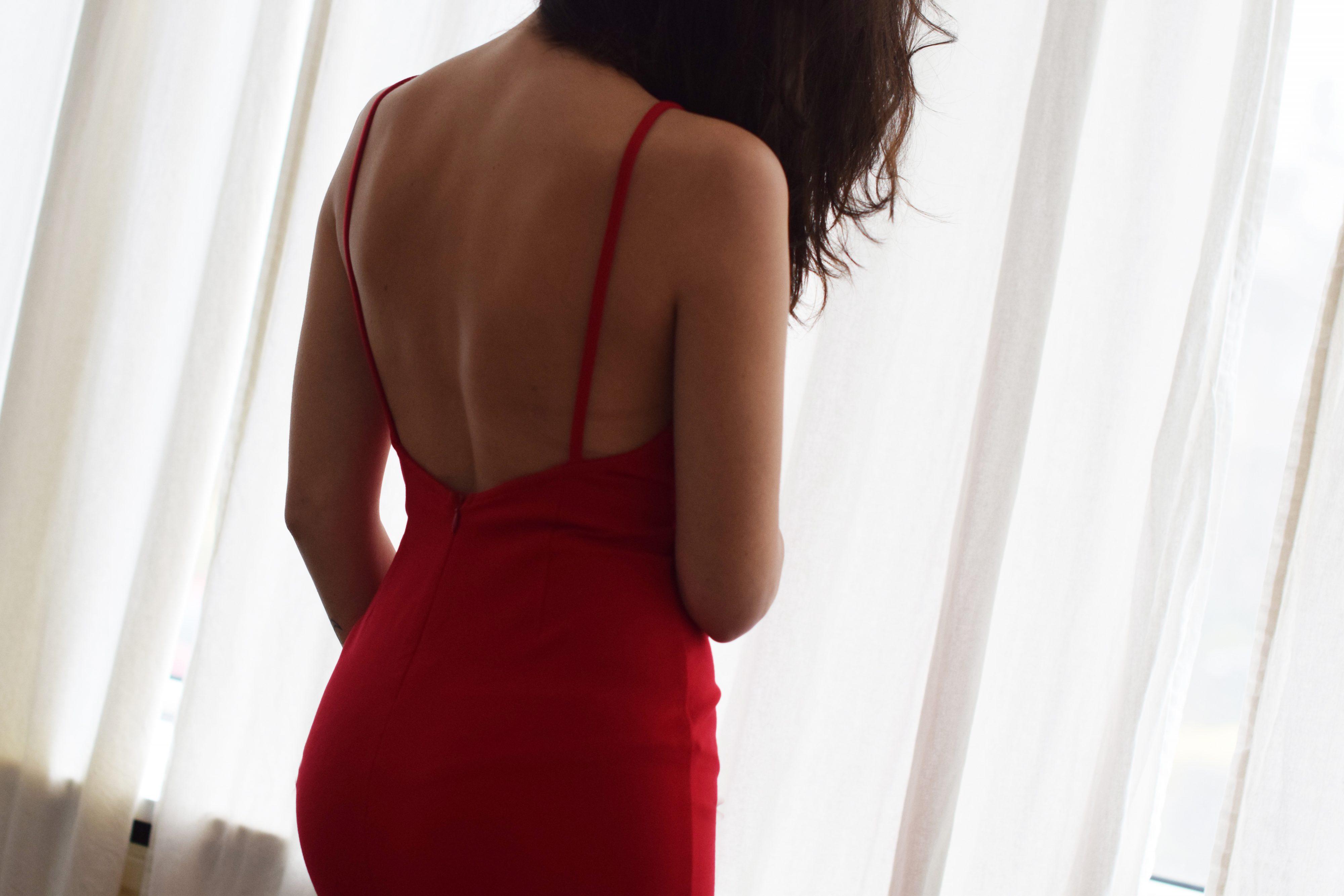 tobi_red_dress